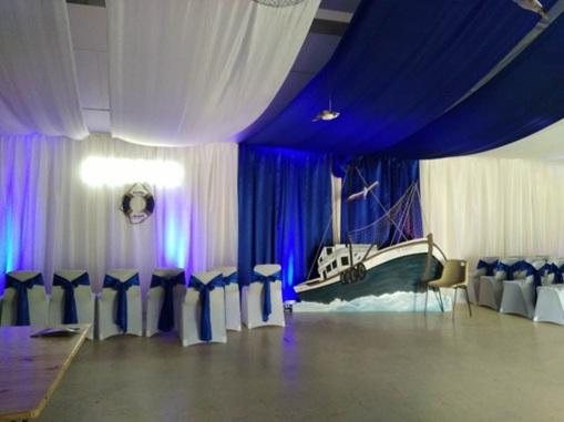 Vign_tentures_tissu_pour_mariage_rouleau_100m_plafond_mariage