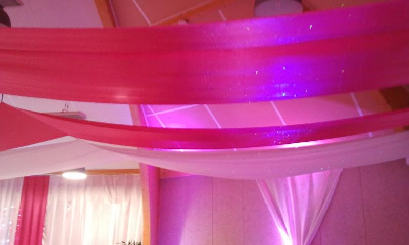 tentures_mariage_plafond_seine_et_marne_france_decoration_mariage-salles